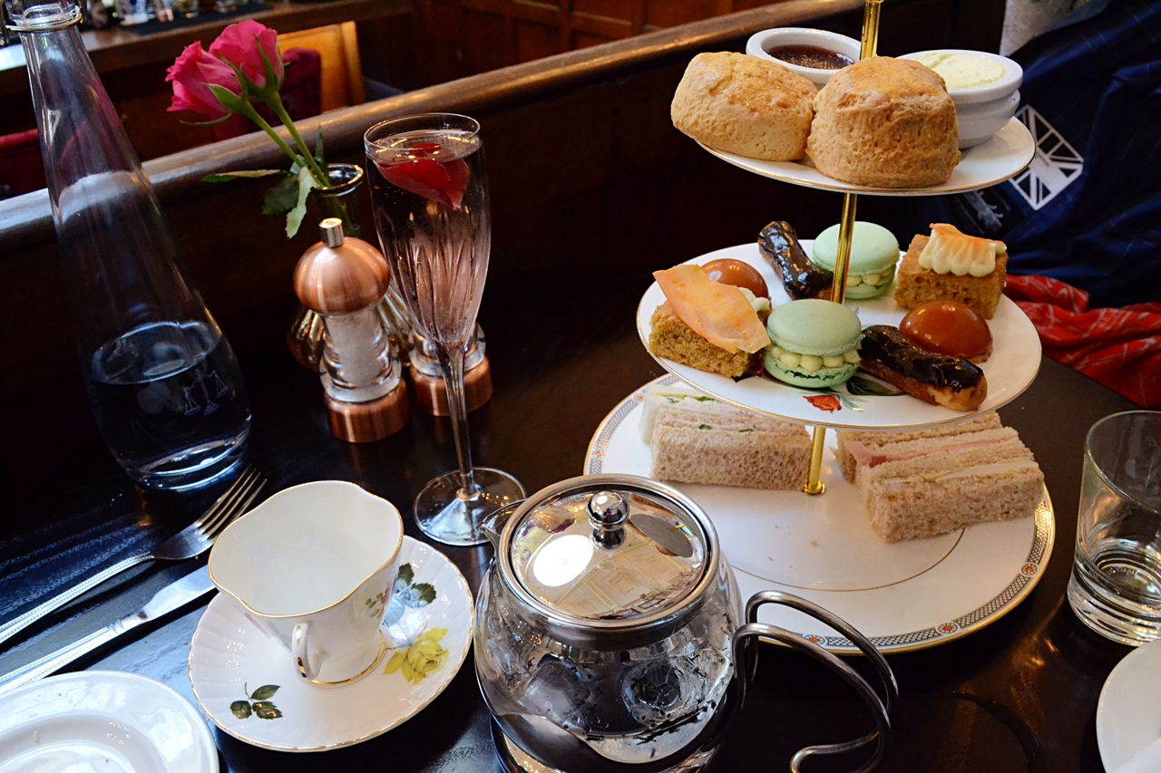 the courthouse knutsford cheshire afternoon tea