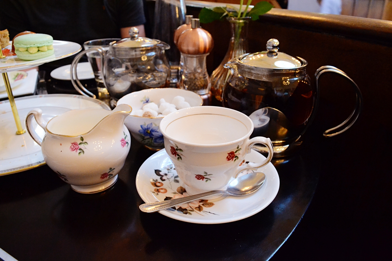 gin yorkshire teapot courthouse cheshire