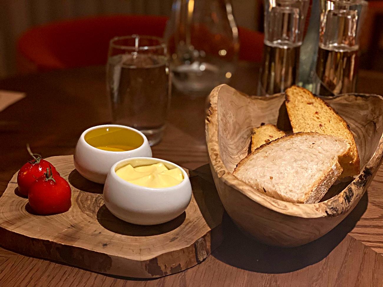 artisan bread lowry river restaurant