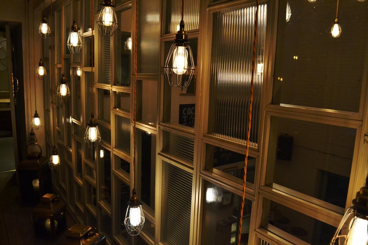 lights modern british pub decor