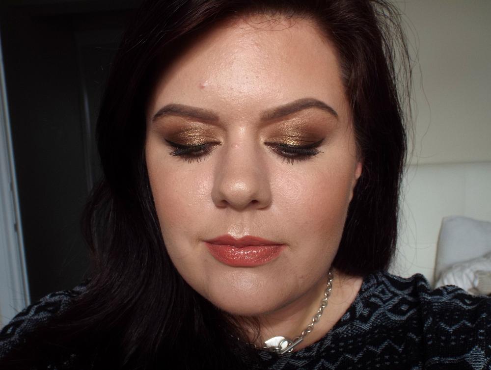 charlotte-tilbury-golden-goddess-makeover-2
