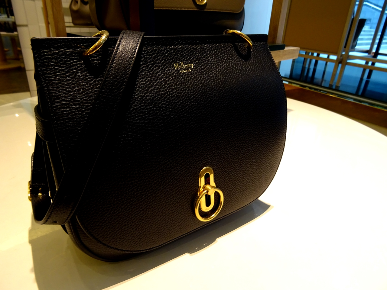 classic grain leather amberley mulberry bag black