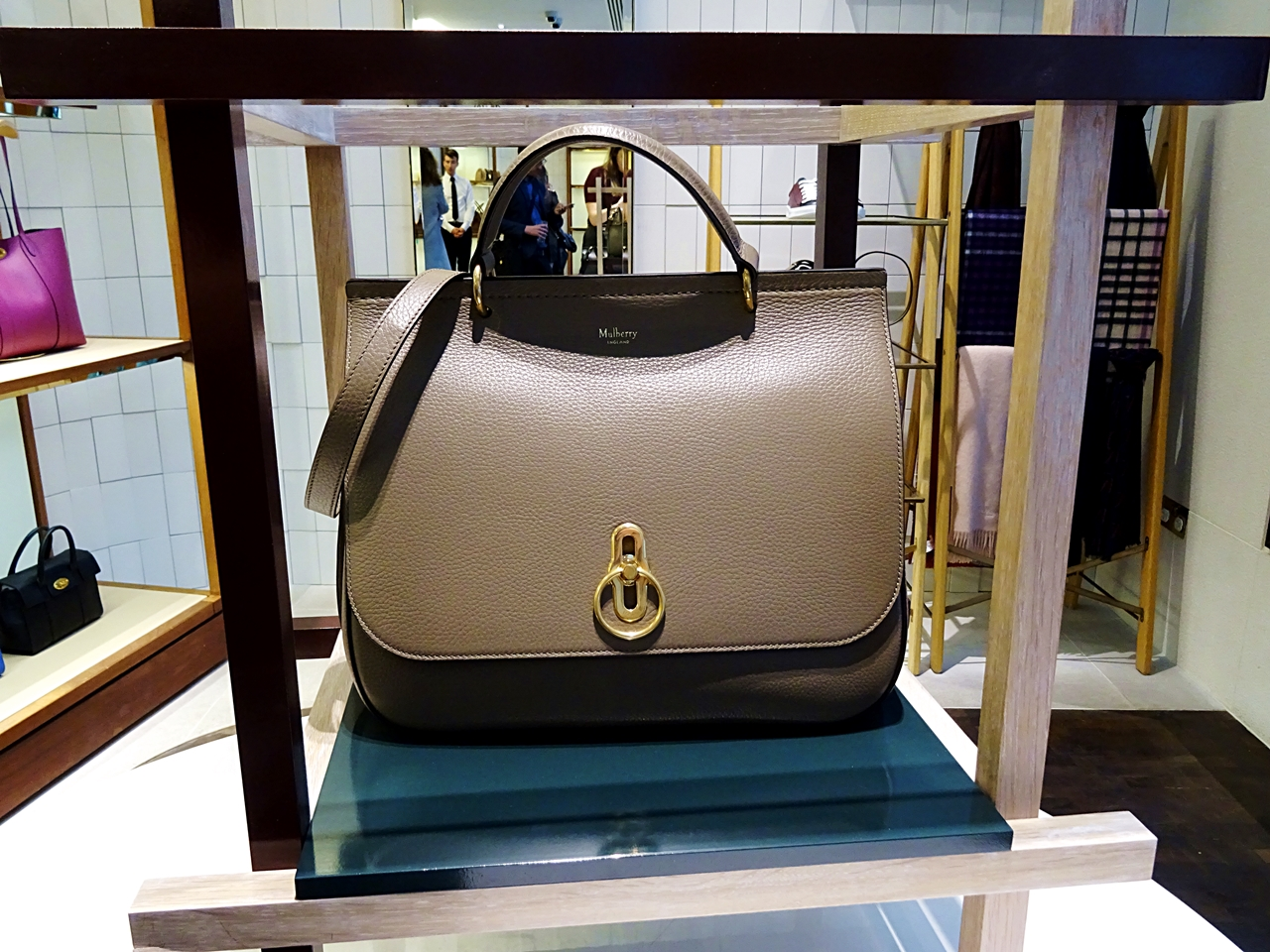Mulberry launch new Amberley Bag