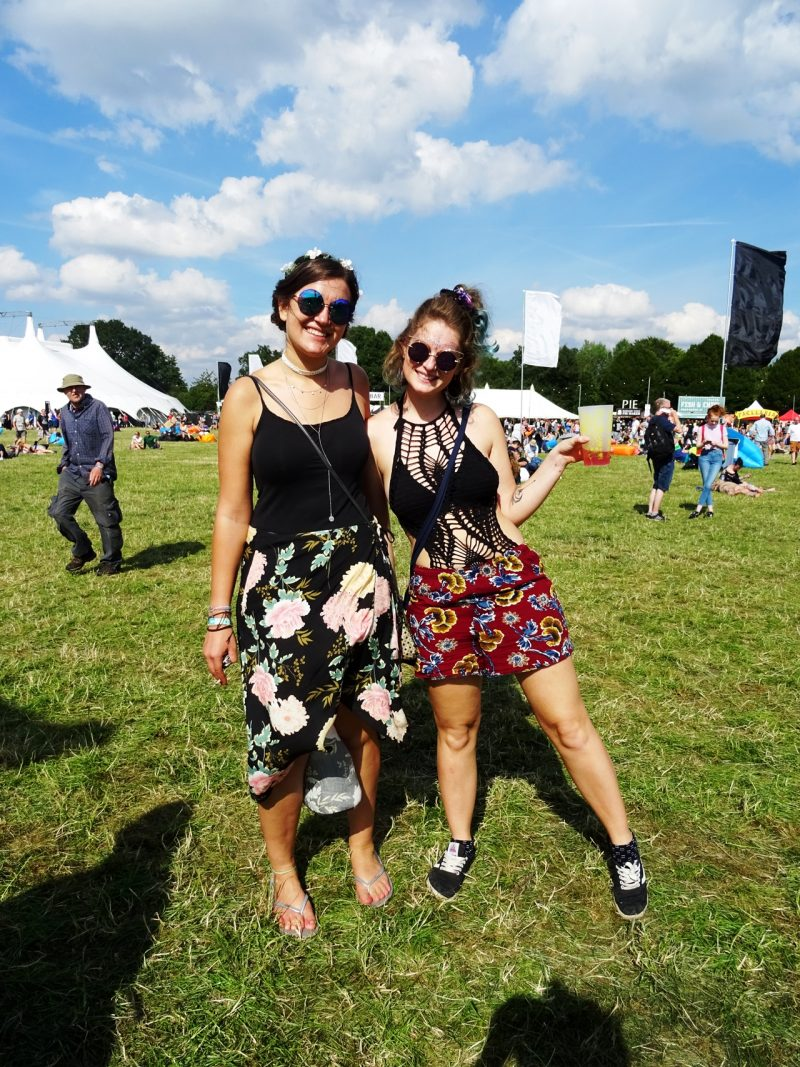 festival fashion style spotted bluedot