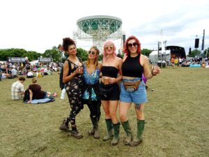 style spotted outfits bluedot 2019