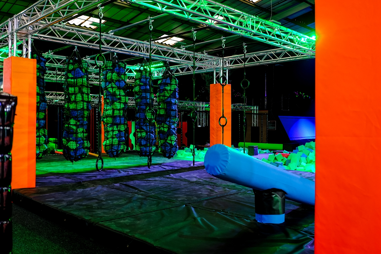 kick air manchester obstacle course