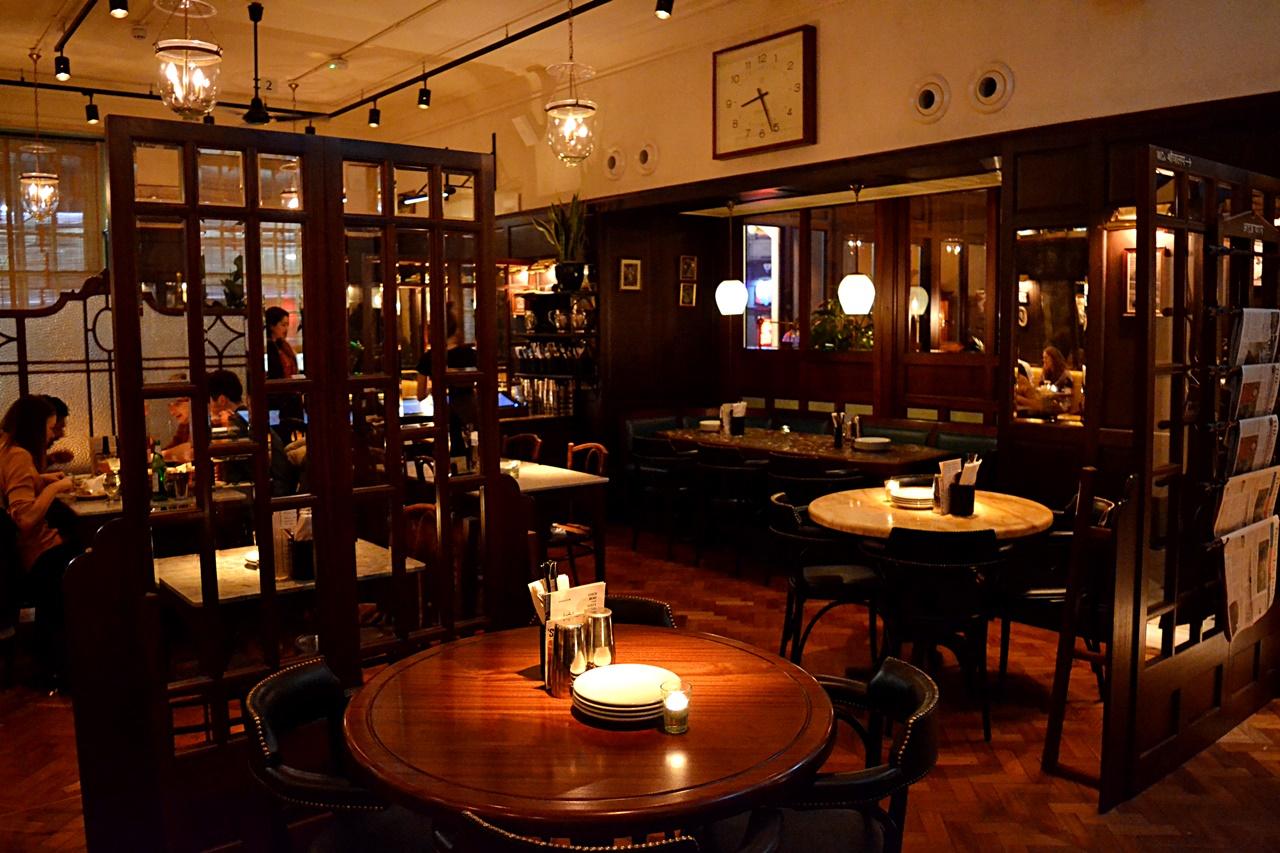 dishoom restaurant decor inside manchester