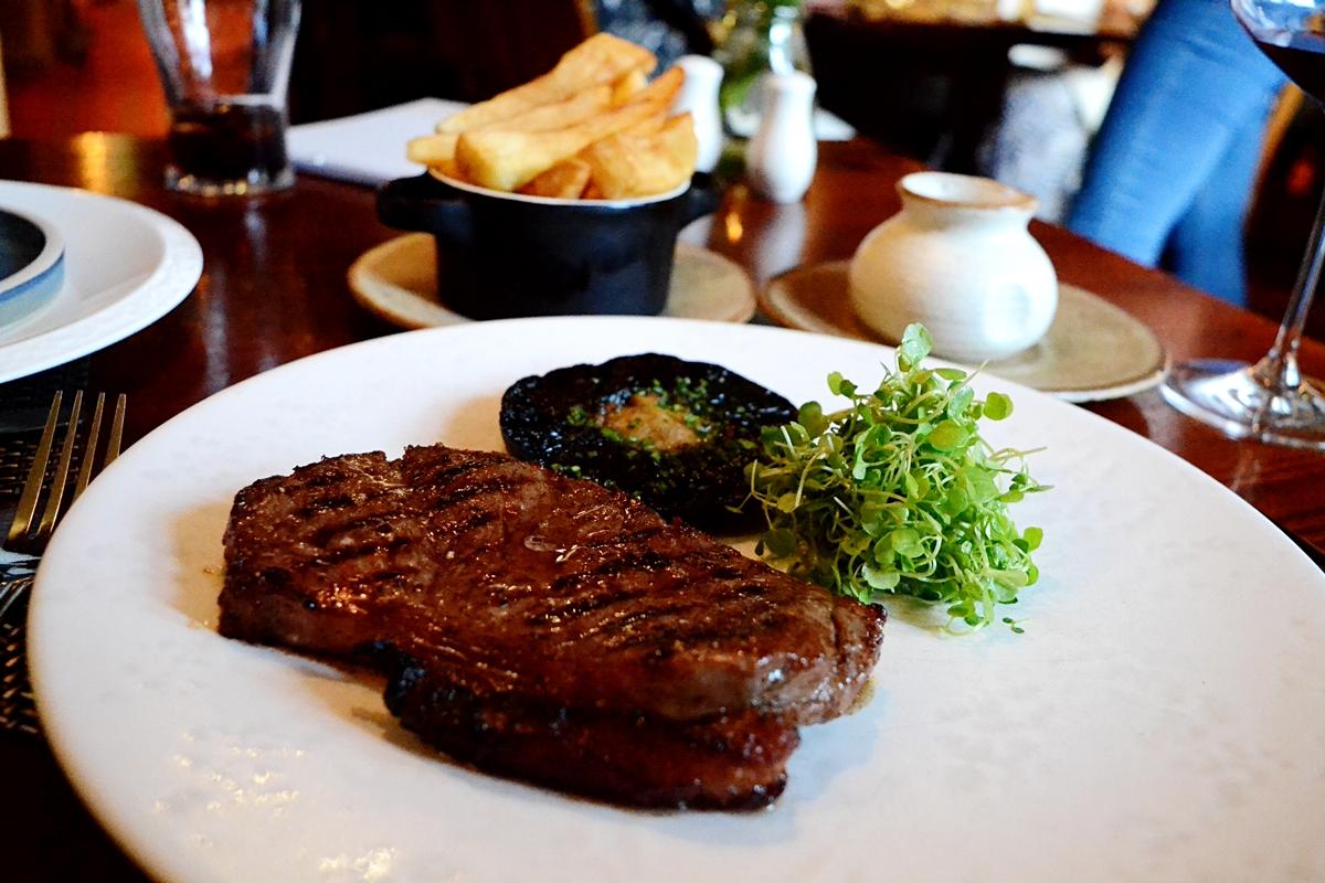 steak white hart inn