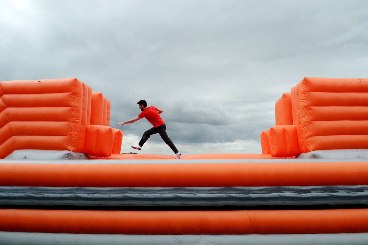 the labyrinth challenge inflatable course st helens