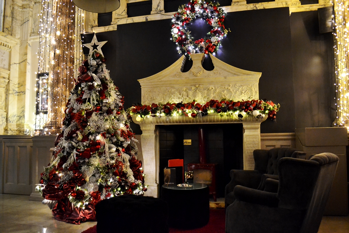 rosso restaurant bar manchester marble christmas white tree luxury decorations fireplace