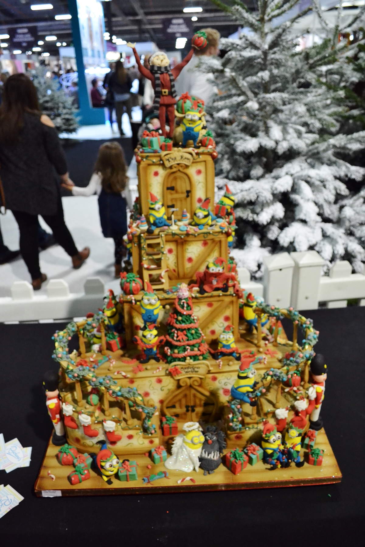cake and bake show event city manchester 2016 gingerbread house ccake