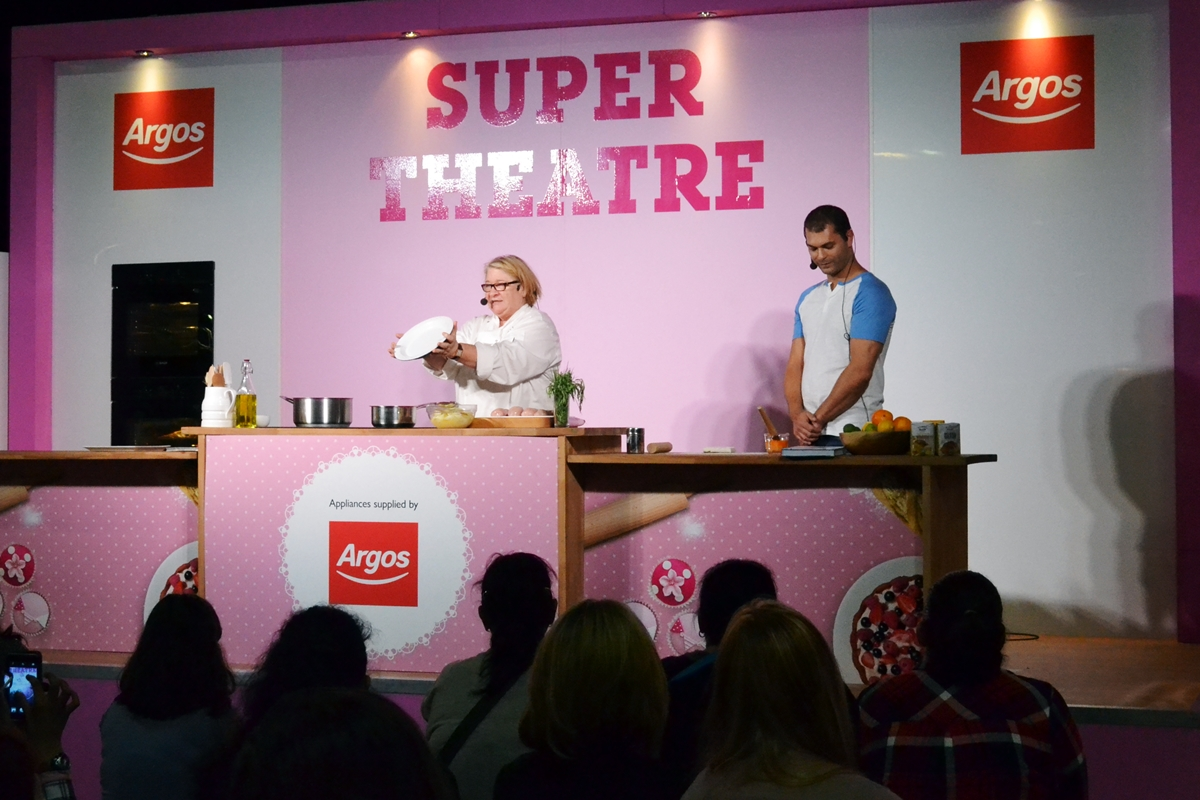 rosemary shrager cake and bake show manchester event city 2016