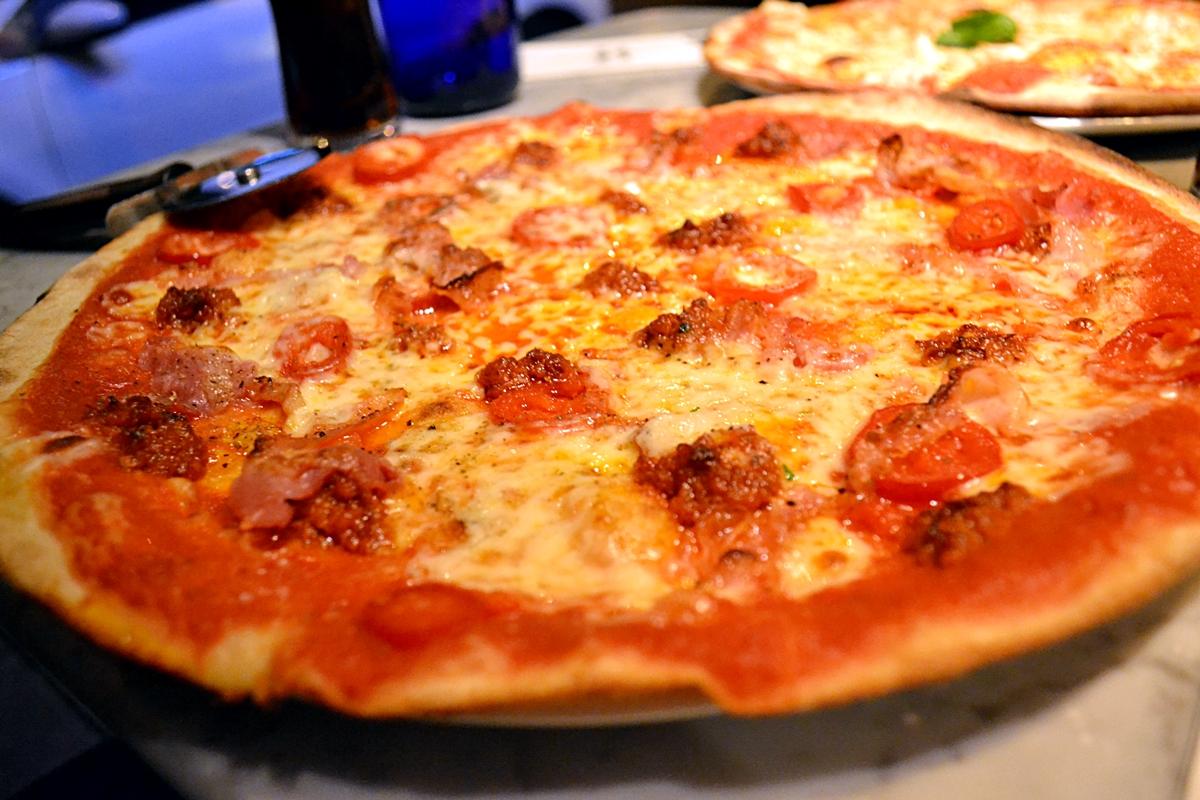 etna romana pizza express pizza