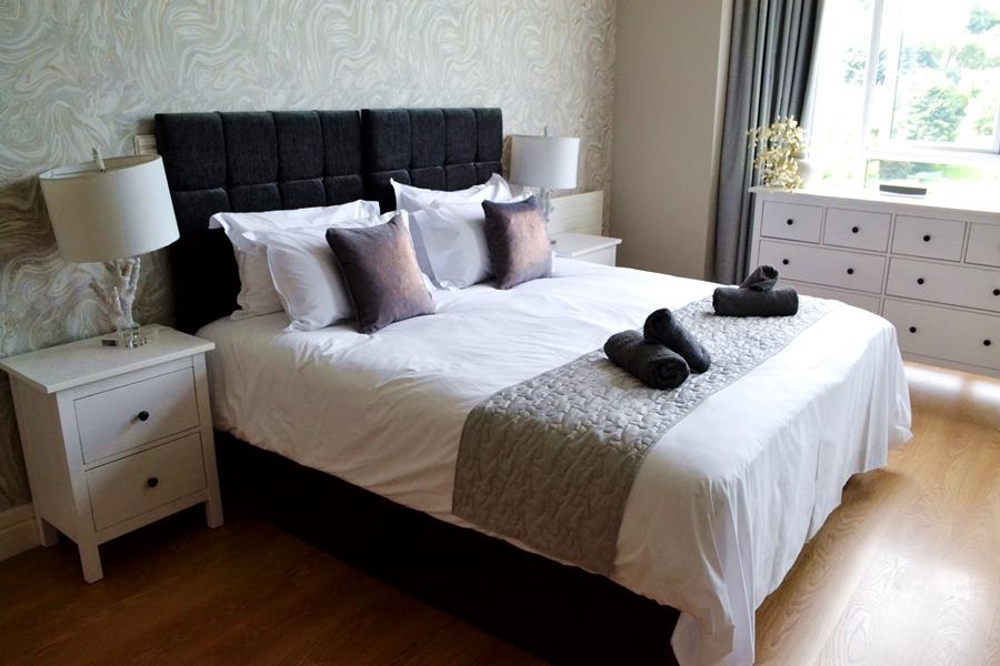titanic spa apartment room bedroom