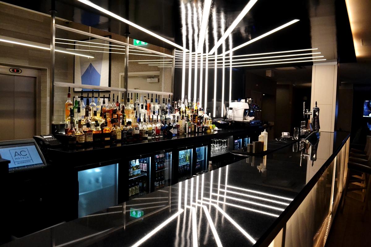 ac hotel bar salford quays media city