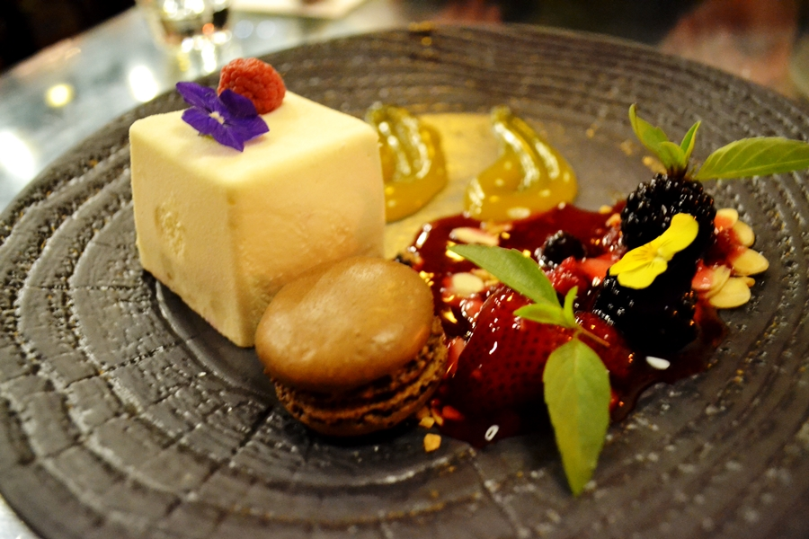 white chocolate box chaophraya manchester