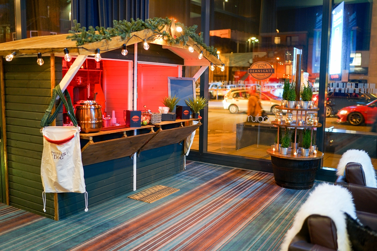 Deansgate Lodge brings Christmas cheer to the Hilton Hotel