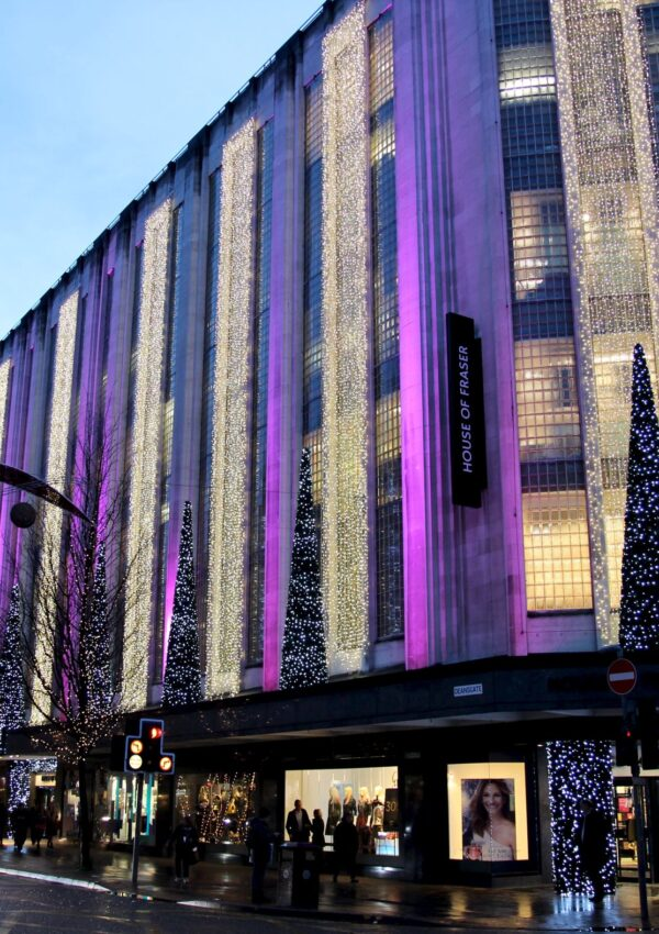 House Of Fraser brings Hamleys Toy Store to Manchester City Centre this Autumn