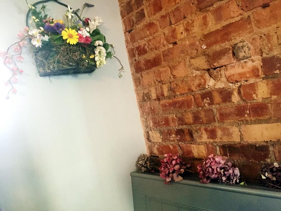 the garden hale flowers interior