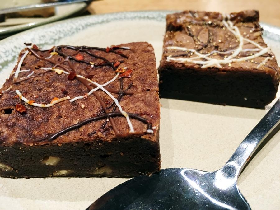 nandos picadilly manchester chocolate peri peri salted caramel brownie