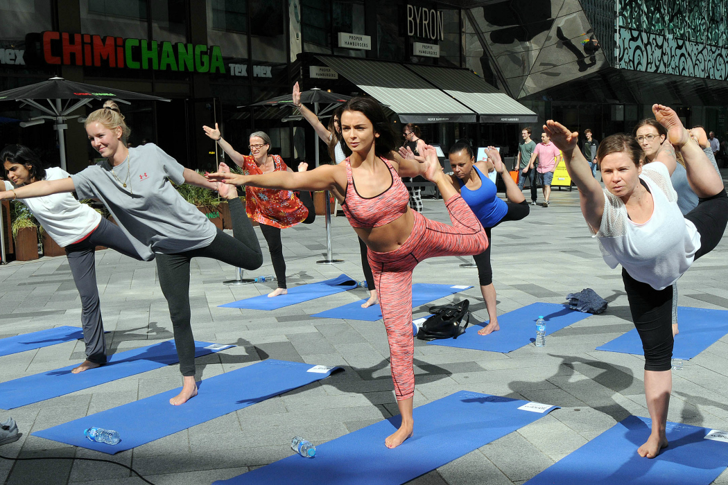Kady McDermott Love Island Serene Shopping Yoga