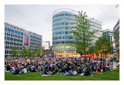 Screenfields-Hardman-Square-Crowd-1024x707