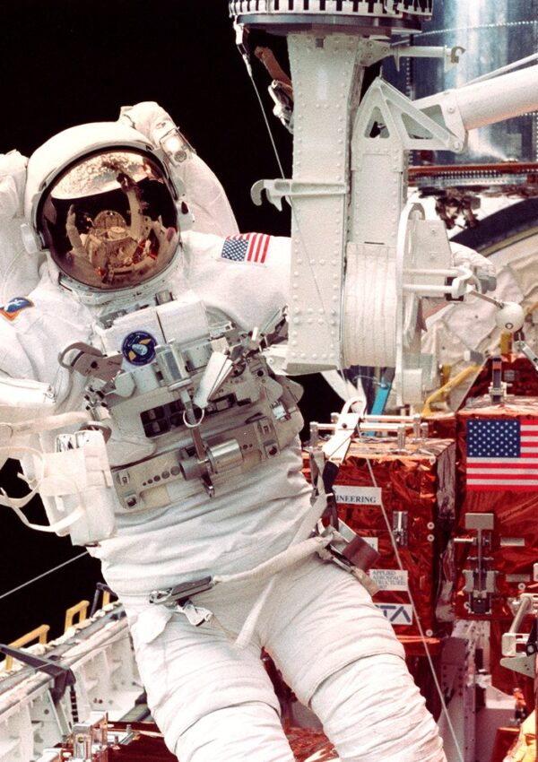 Interview with NASA Astronaut Steve Smith