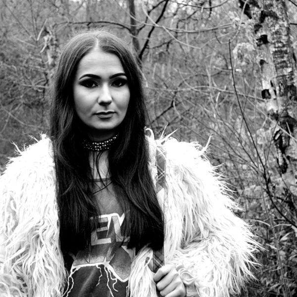 trend editorial glam rock grunge woods fashion