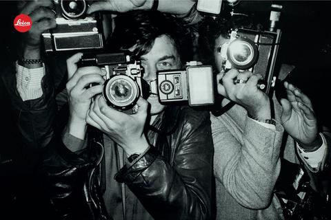 Leica store opens with a Koo: Starks daring photography series