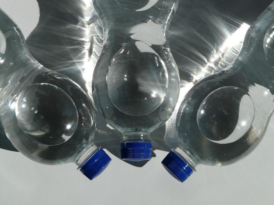 water bottle hydrate beauty tips