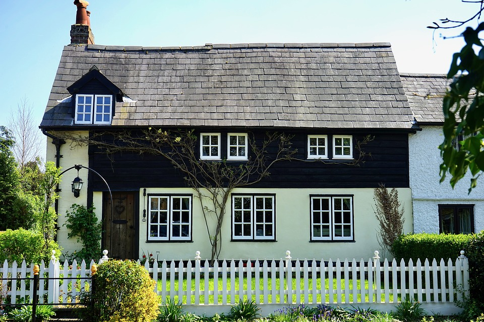 Things no-one tells you about buying a House