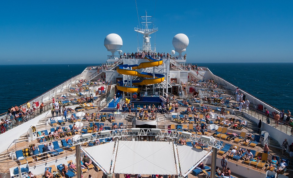 5 Cruise Ships that are perfect for young people