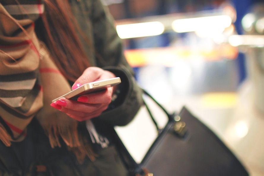 Save the Children urged Brits to go Mobile Free for Phoneless Friday