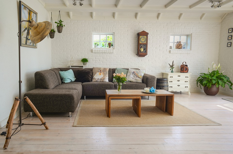 4 ways to get low maintenance lounge room
