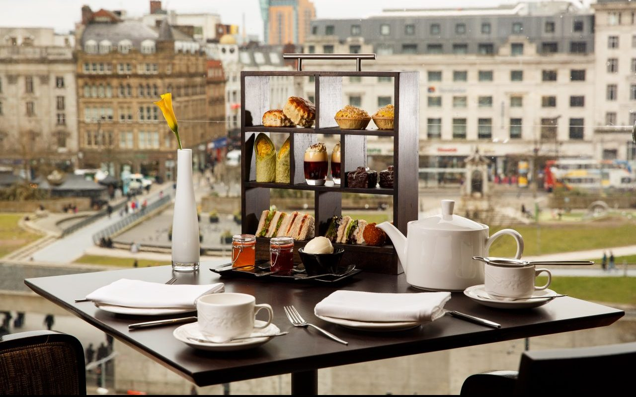 mecure manchester piccadilly afternoon tea