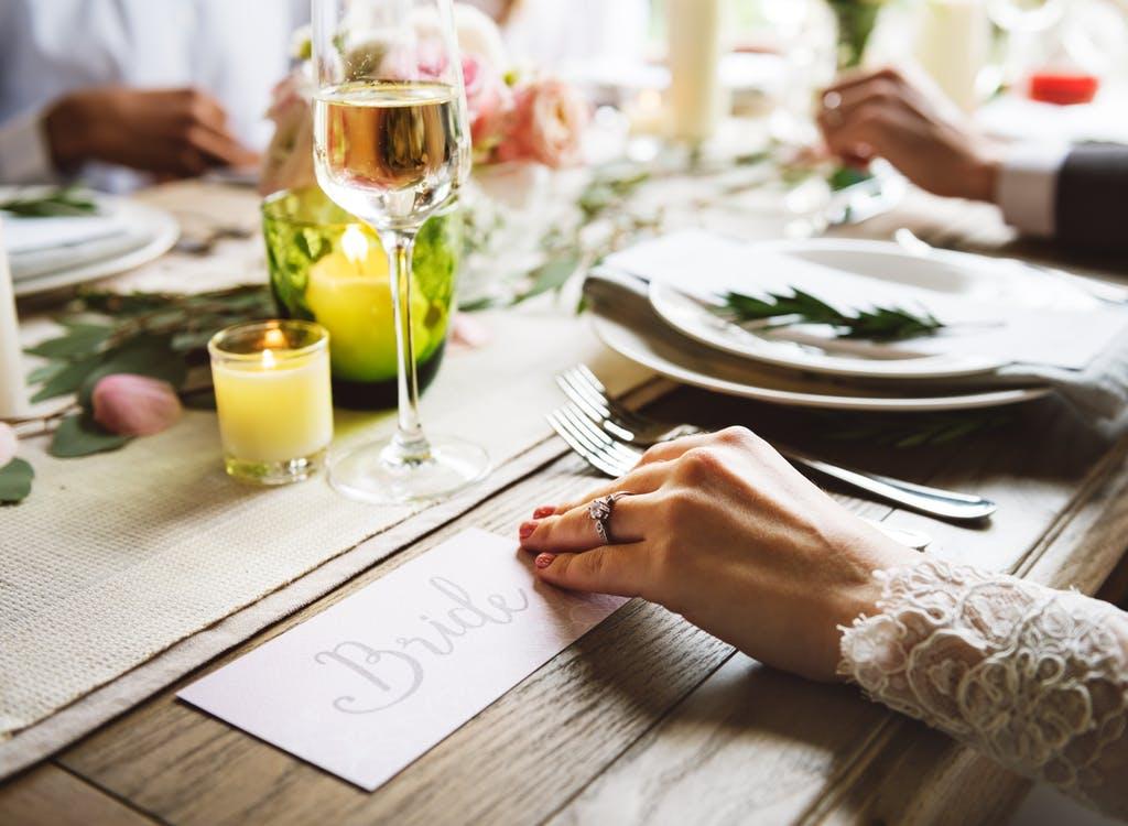 wedding breakfast table guests bride