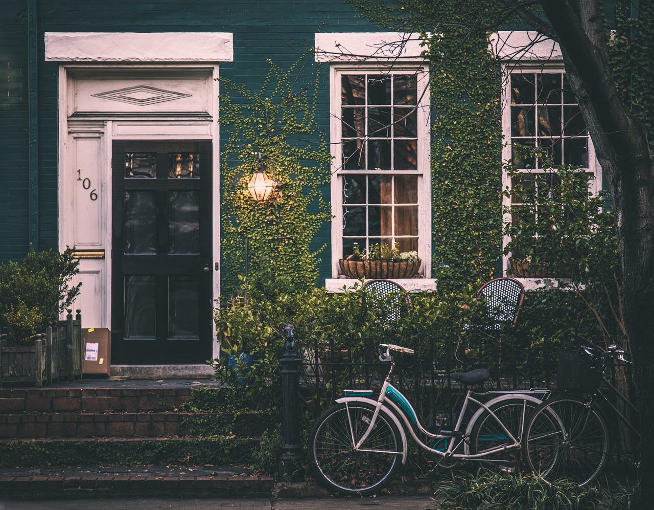 small house pretty