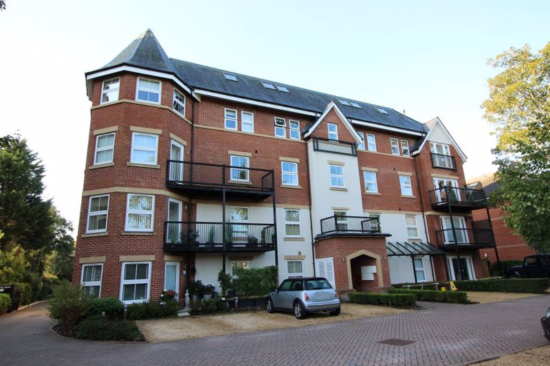 23 Poole Road, Westbourne BH4 9DF