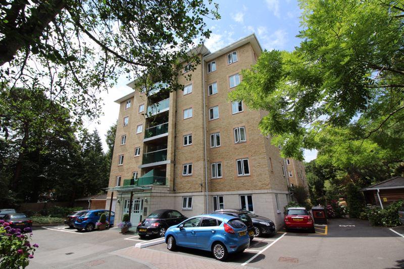 14 The Avenue, Branksome Park BH13 6HP