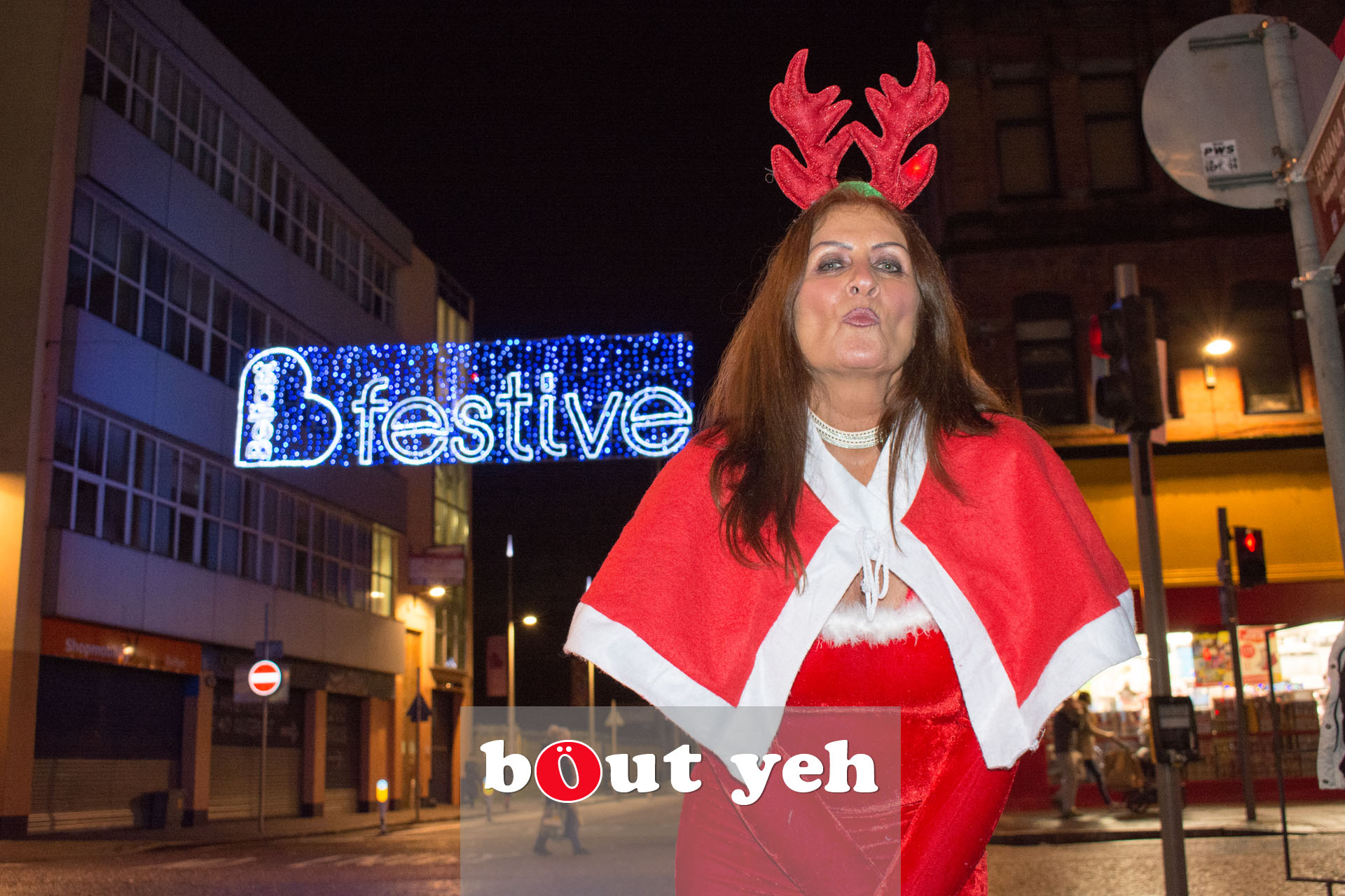 Woman wearing Christmas outfit in Belfast - bout yeh photographers Belfast photo 3380.