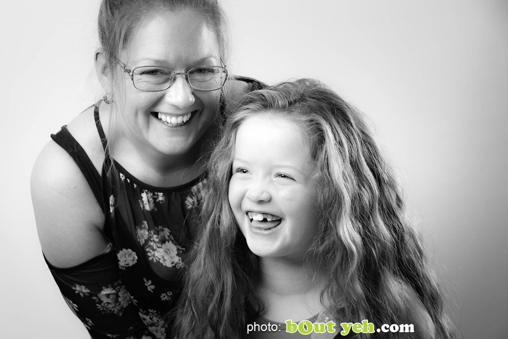 Actor Darcey McNeeley and mum Emma, by Bout Yeh photographers Belfast. Photo 4936. Featured image.