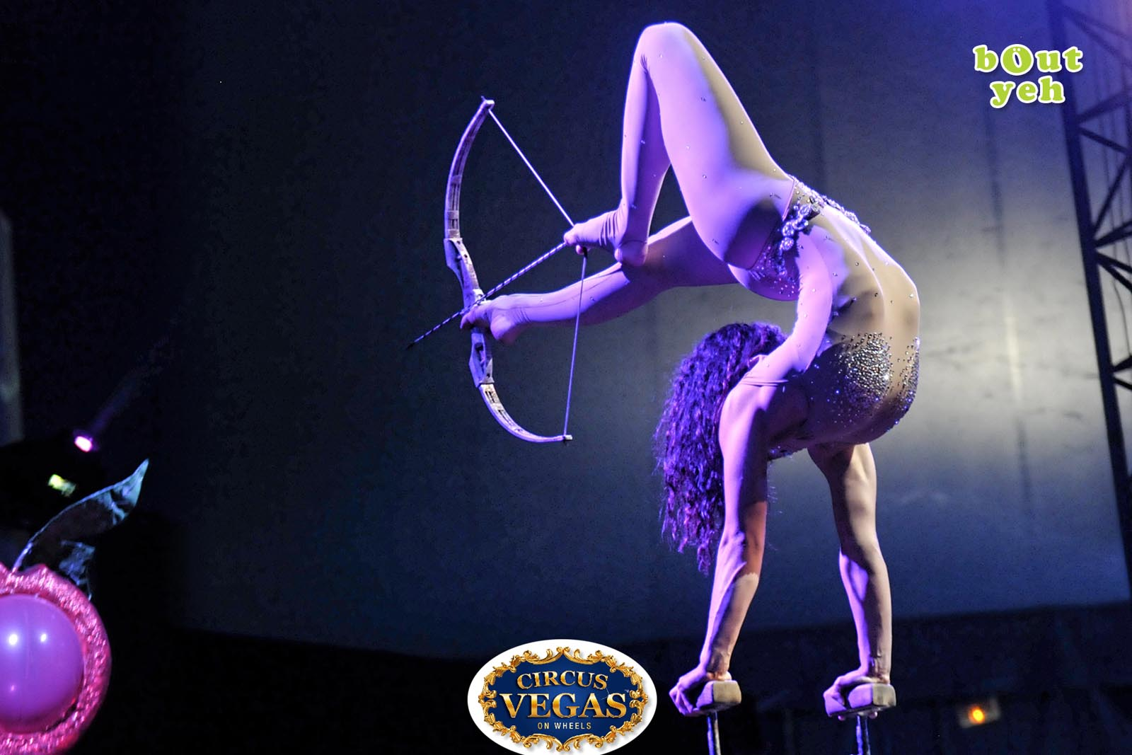 Social Media Marketing Consultants Belfast - Circus Vegas campaign photo of circus acrobat. Photo by Bout Yeh used in a Social Media Marketing campaign across Bout Yeh's Social Media platforms for Circus Vegas On Wheels Ireland