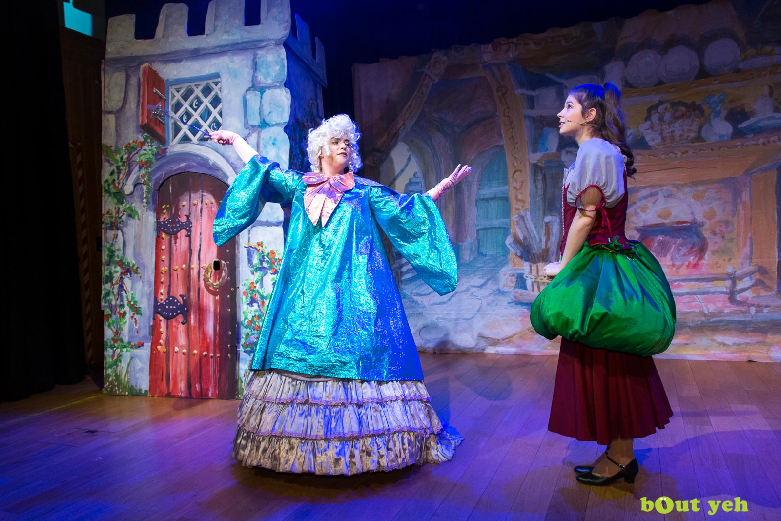 PR photographers Belfast portfolio photo 9934 of Cinderella pantomime at the Old Courthouse Theatre Antrim - Bout Yeh photography and video production services Belfast, Northern Ireland