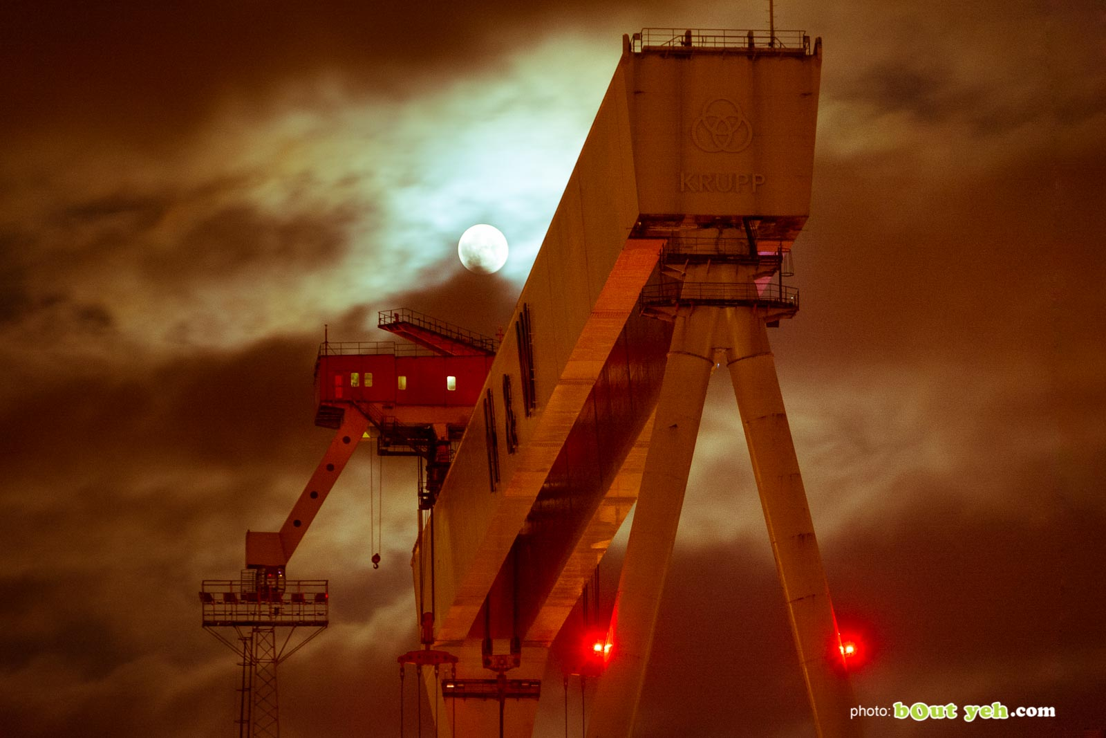 Harland and Wolff Shipyard Belfast at night