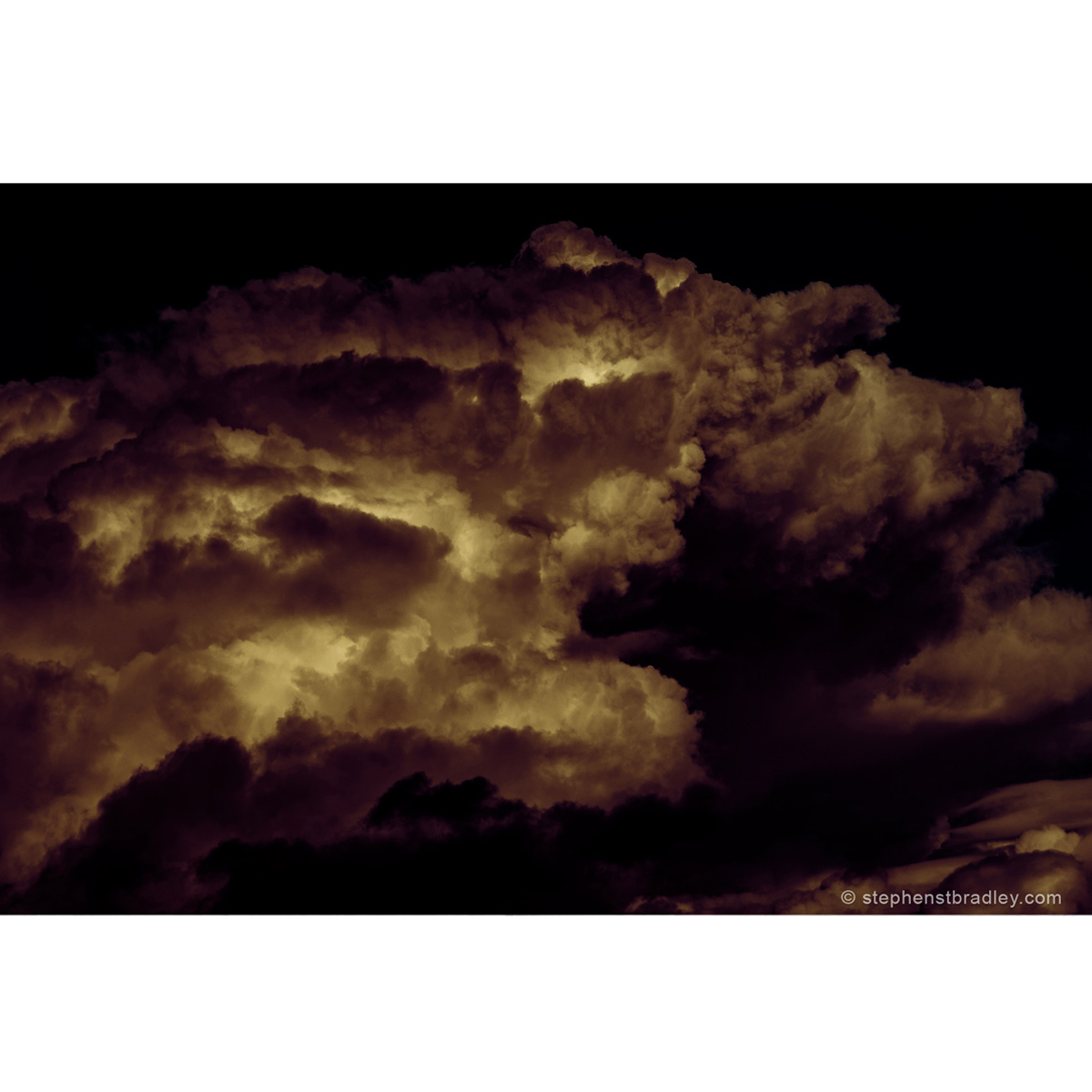 Sky Pig - limited edition photo of piglike clouds over Newtownabbey by photographer Stephen S T Bradley