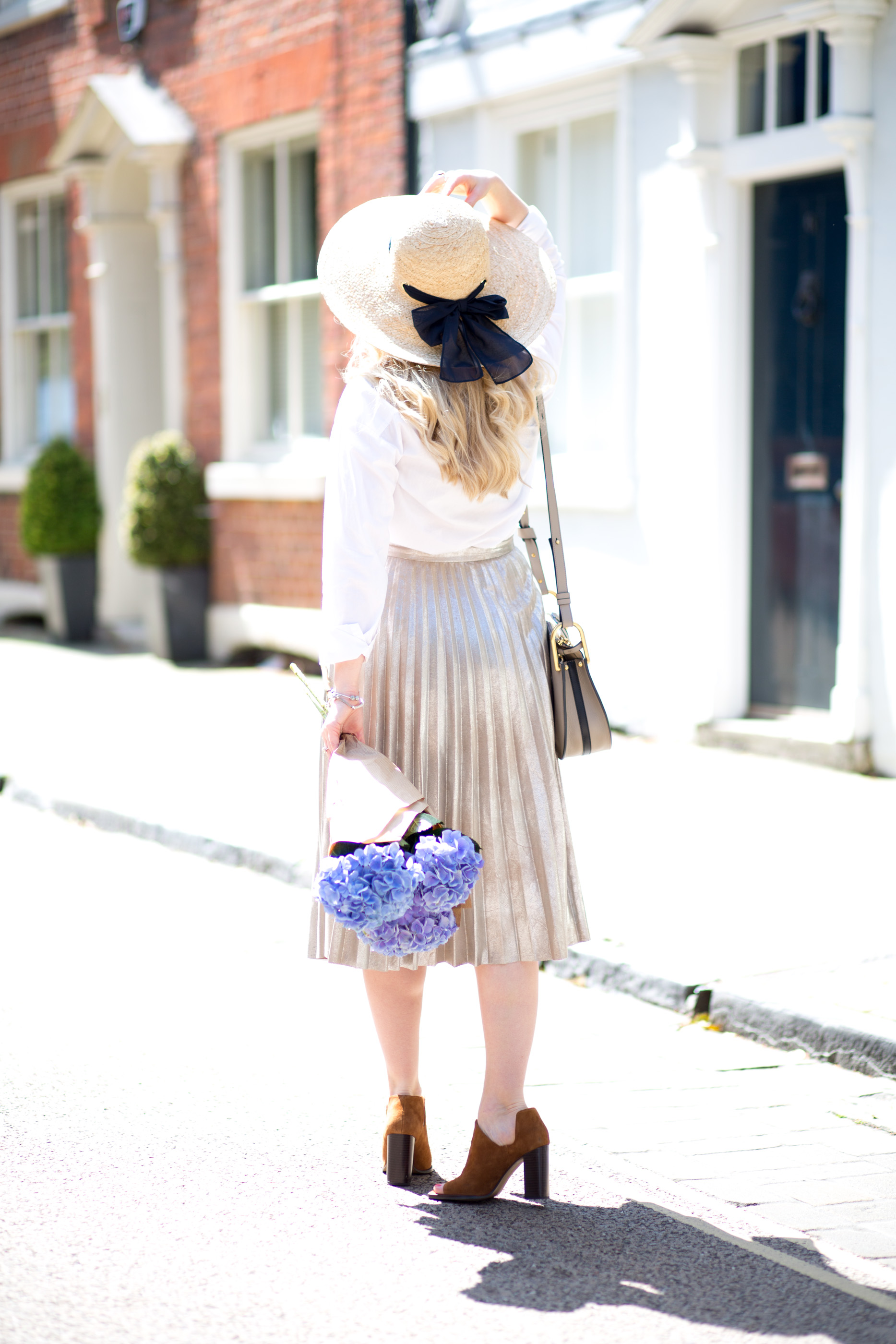 Mediamarmalade_Gold_Pleated_Skirt-15