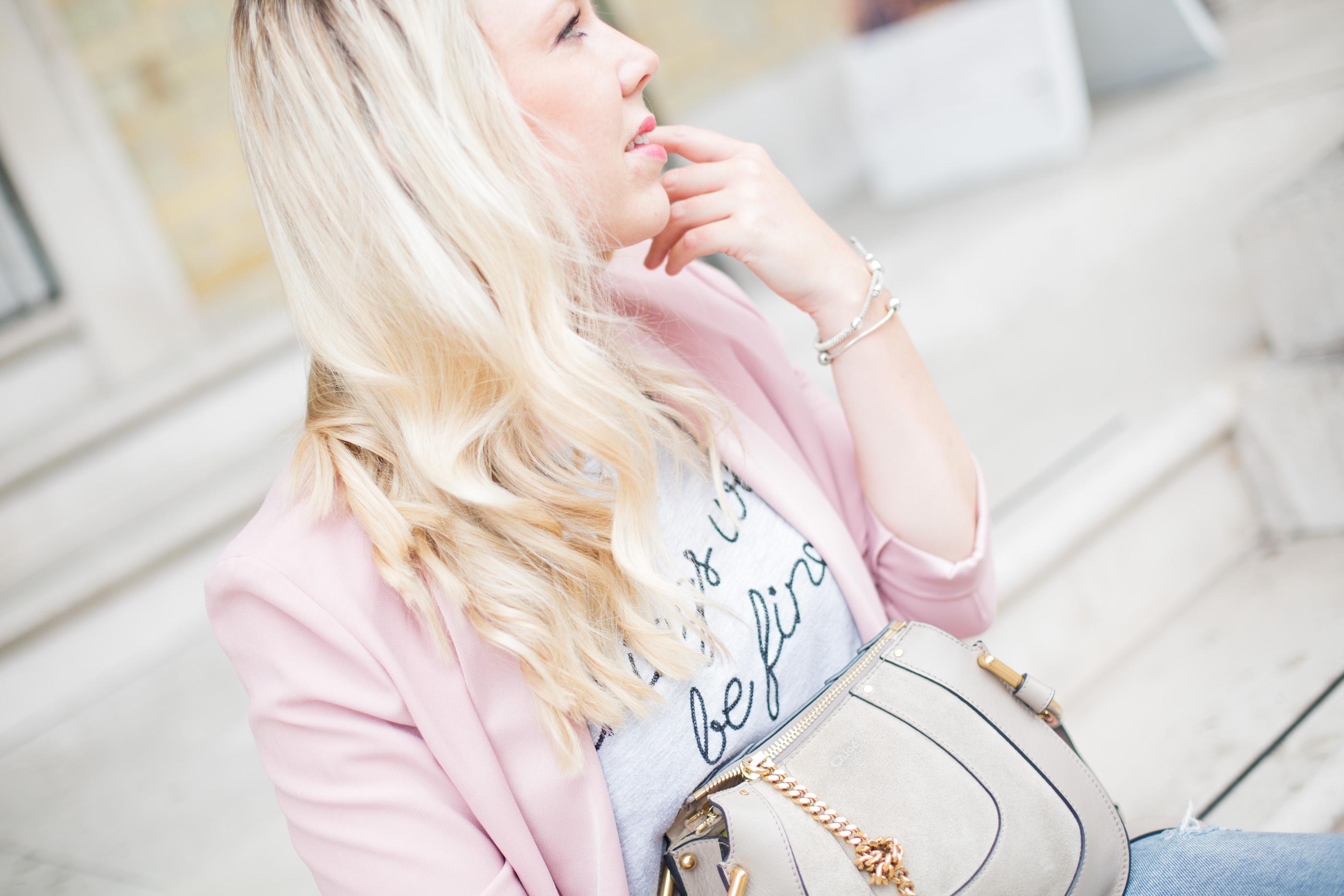 Mediamarmalade_Chanel_Pumps-16