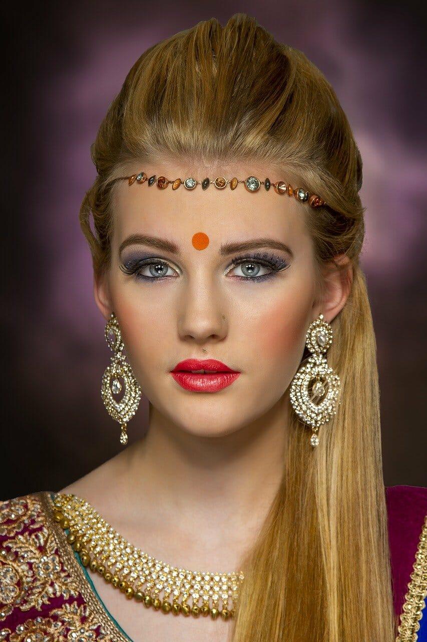 punjabi-girl-escort-in-bangalore