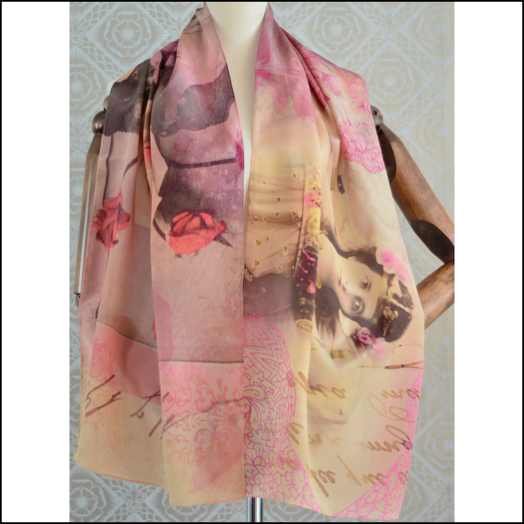 "Gabriela Szulman Silk crepe de chine scarf ""dancing queen"" 1650 x 450 mm"