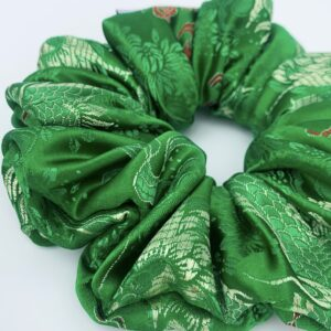 Lila Green Blossom Scrunchie